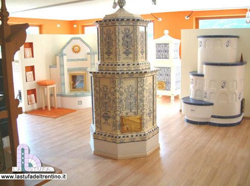 Casa del fuoco Alto Adige - Stufe in maiolica - camini - stufe antiche