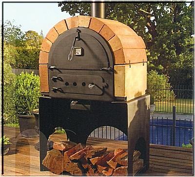 Installazione di un forno da giardino di piccole dimensioni con bocca