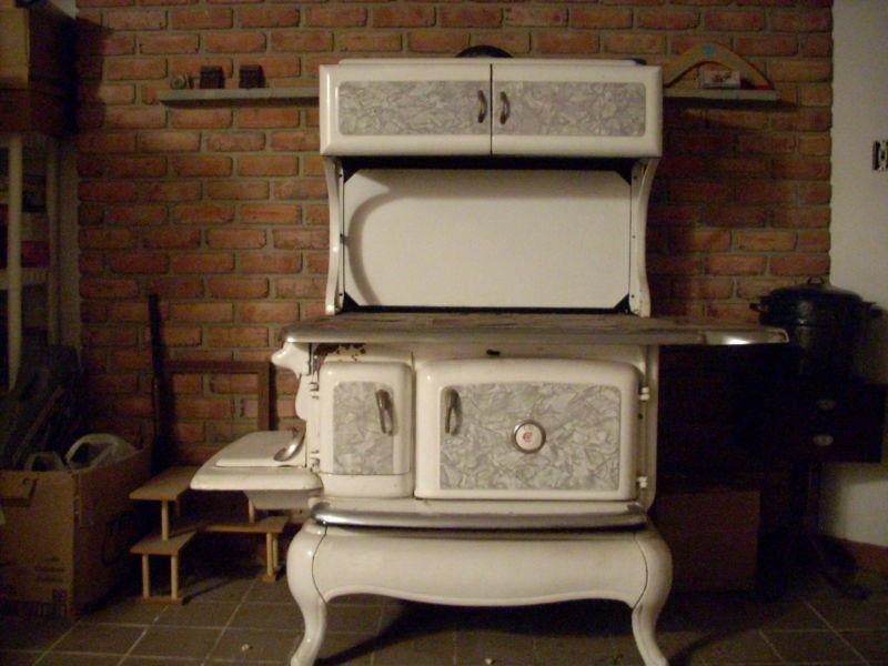 Le termocucine a legna: cucinare e riscaldare all\'antica;tabelle con ...