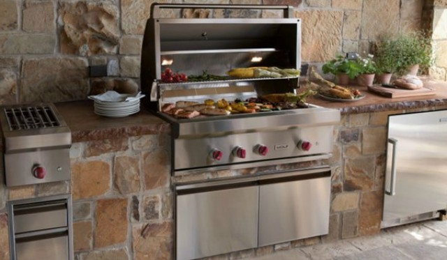 Mobili incasso cucina awesome slide background with - Barbecue in cucina ...