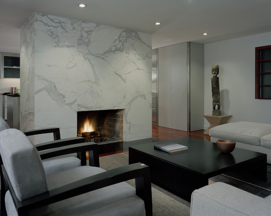 Quanto costano i camini in marmo e le cornici in marmo antico?