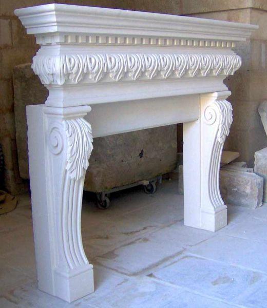 Cornice camino pietra pannelli termoisolanti for Camini rivestiti in pietra immagini